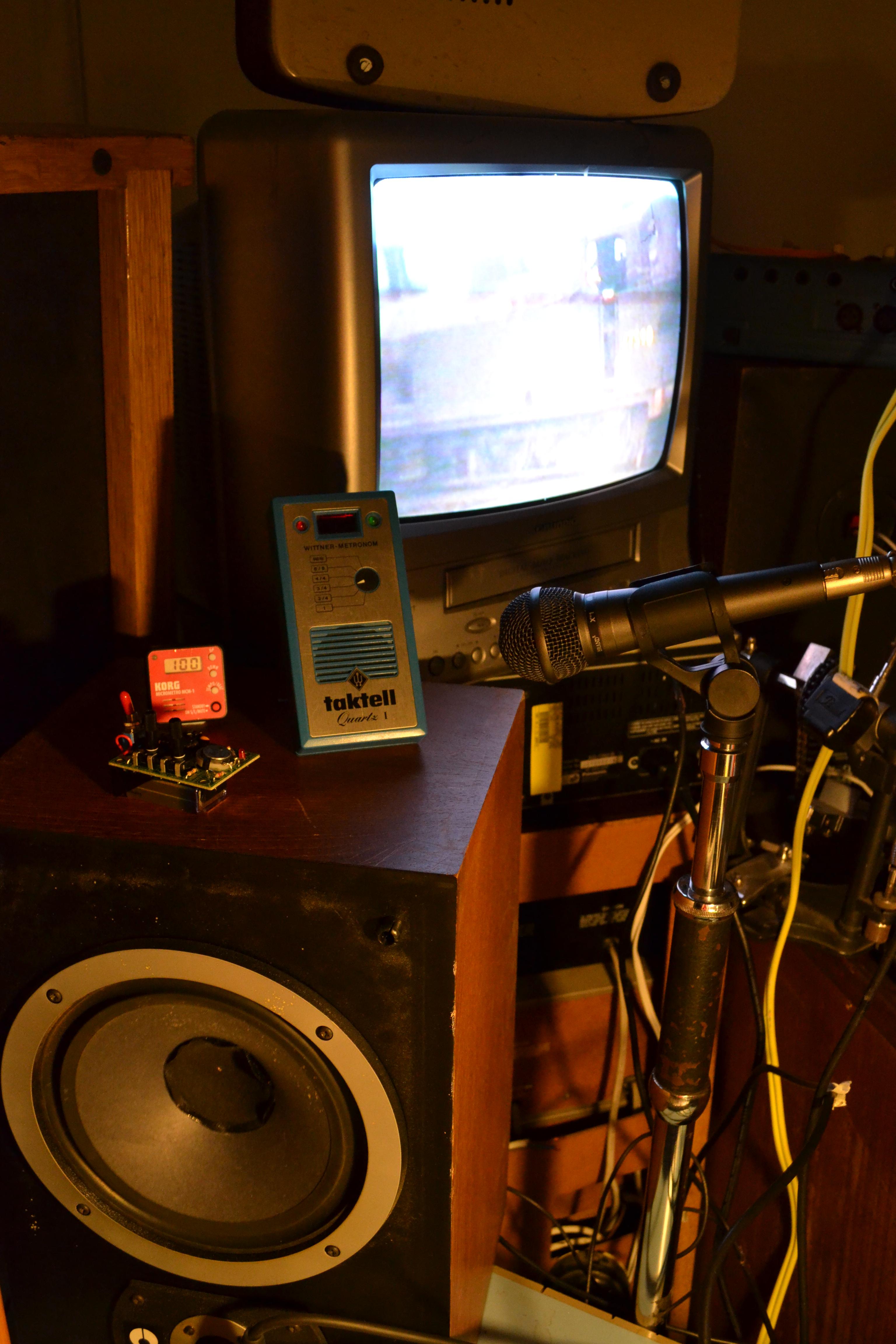 100 bpm Train Waltz  sound installation – VICKY CLARKE